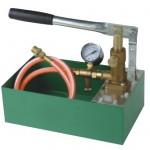 Manual pressure testing pumps
